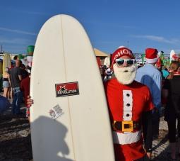 surfing santas (1)