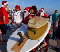 surfing santas (3)