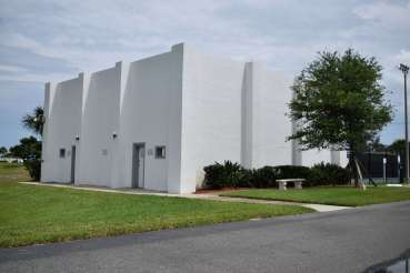 Racquetball & Tennis Courts