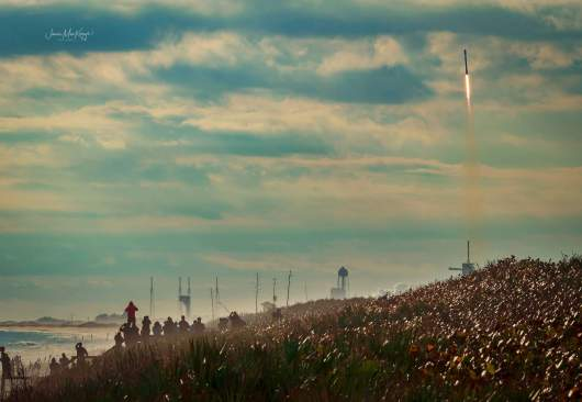 Rocket launch from Playlinda Beach