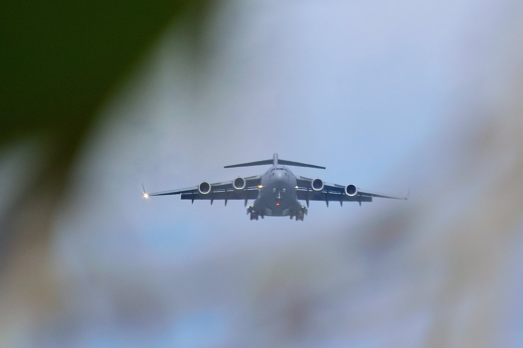 Boeing C-17 Globemaster doing touch and goes and Patrick Air Force Base